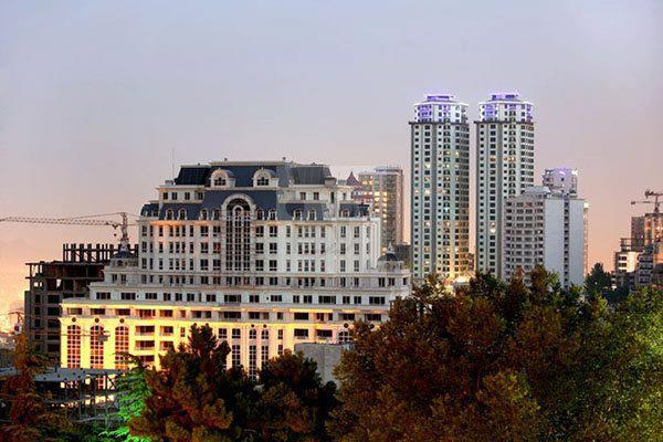 فروش آپارتمان در خیابان فرشته تهران  تلفن : 09361014411